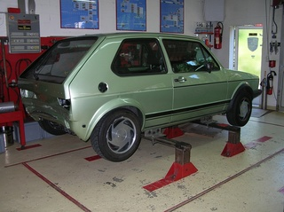 Reparatur VW Golf 1 GTI - RS Carrosserie - Höri